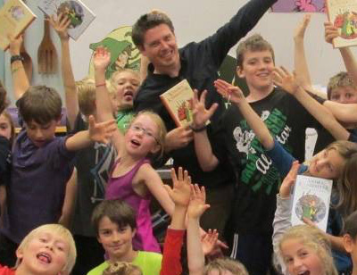 Lee Edward Fodi during an author visit.